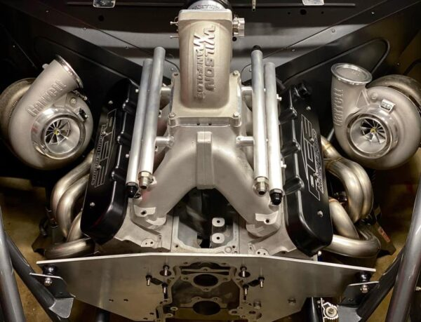 Twin turbo Drag Race Engine